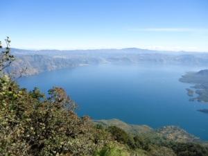 Was willst Du mehr: grandiose Aussicht 1450 Meter über dem See