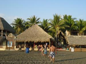 Tropische Träume am Pazifik in Monterrico