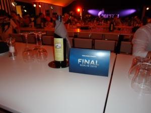 Der Tisch ist gedeckt: Im Gazprom VIP Zelt