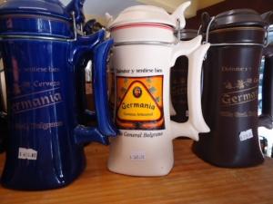 """Bierkrug """"Germania"""". So nennt sich hier auch eine Brauerei"""